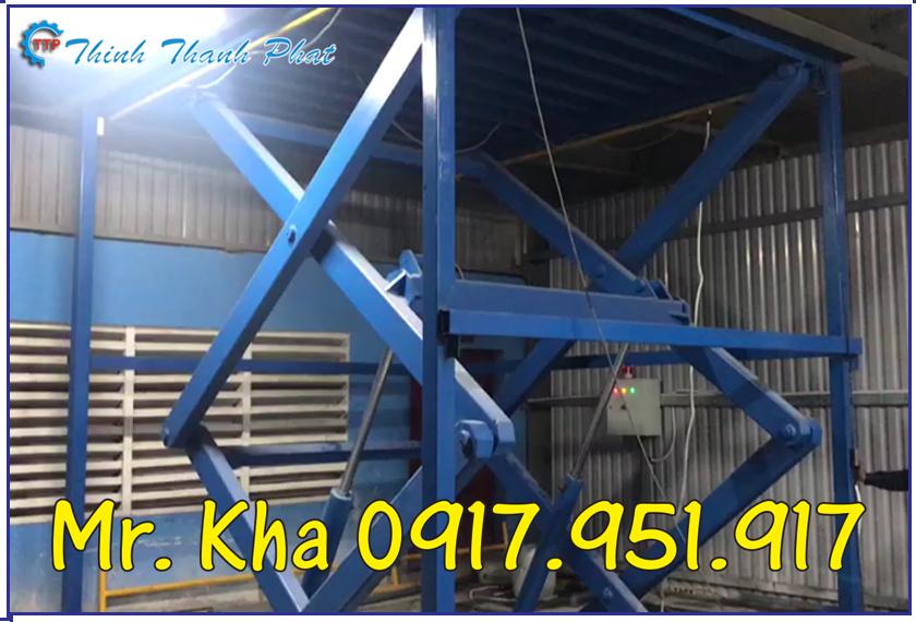 Ban nang thuy luc 3000Kg 02