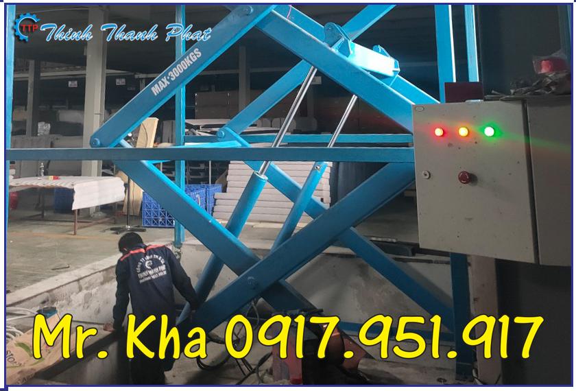 Ban nang thuy luc 3000Kg 03